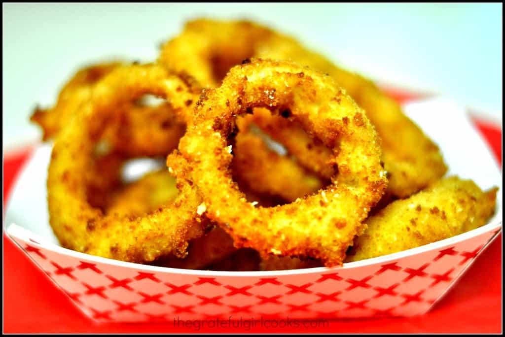 Crunchy Homemade Onion Rings / The Grateful Girl Cooks!