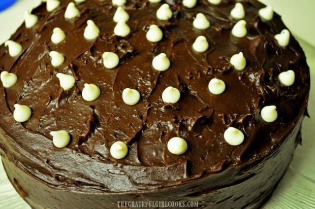 Here is the chocolate buttercream frosting on a cake.