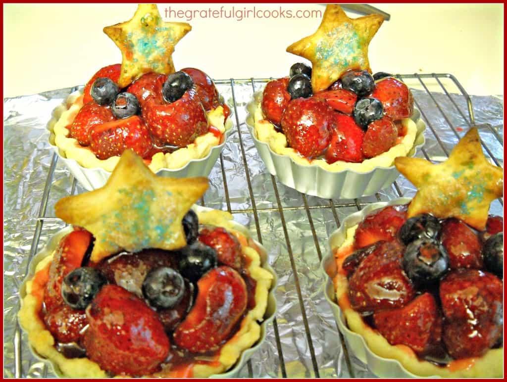 Red, White and Blue Fruit Tart / The Grateful Girl Cooks!