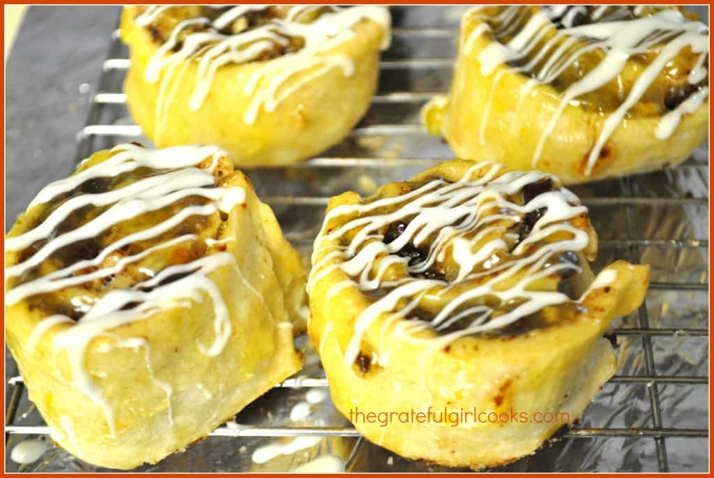 Cranberry-Orange Pinwheels With Citrus Sauce / The Grateful Girl Cooks!