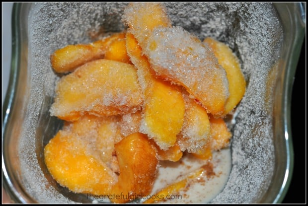 Frozen peaches are used to make the peach crumble smoothie.