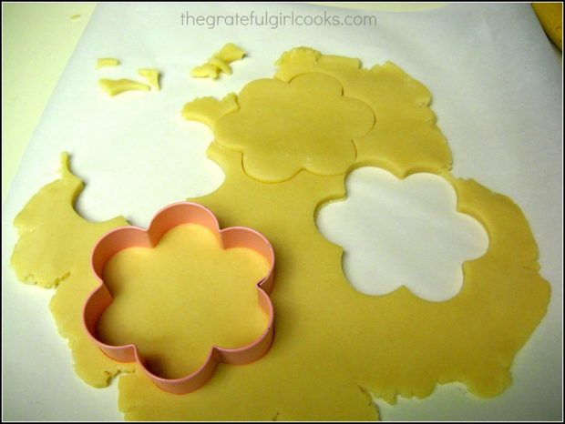 Flour shaped cookie cutter with dough