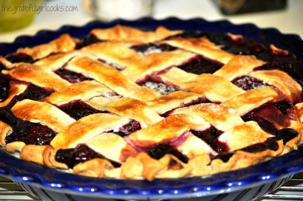 Boysenberry Pie / The Grateful Girl Cooks!