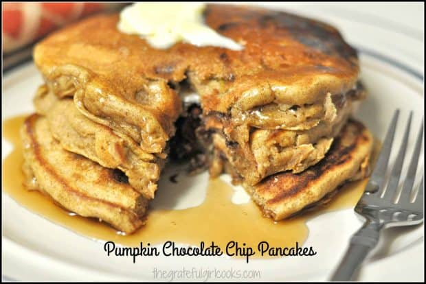 Pumpkin Chocolate Chip Pancakes / The Grateful Girl Cooks! Try these delicious, fluffy pumpkin pancakes, filled with chocolate chips, pumpkin puree, cinnamon and allspice!