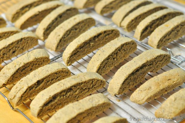 Pumpkin Spice Latte Biscotti / The Grateful Girl Cooks!
