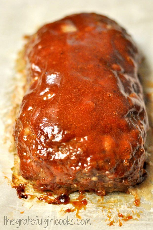 Really good meatloaf is done baking, and is ready to slice.