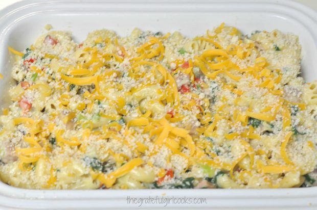 Cheesy Ham, Spinach & Macaroni Bake / The Grateful Girl Cooks!
