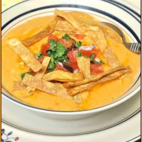 Chili S Chicken Enchilada Soup Copycat The Grateful Girl Cooks