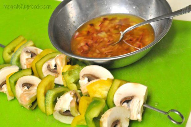 Lemon & Garlic Chicken Kabobs / The Grateful Girl Cooks!