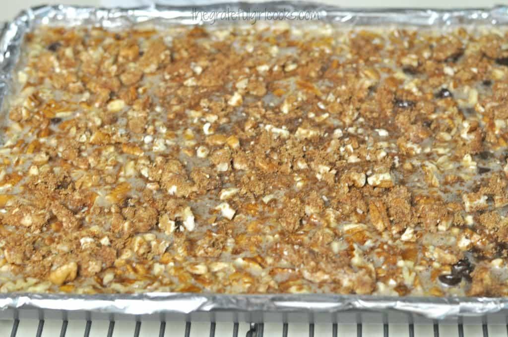 Chocolate Pecan Pie Bars / The Grateful Girl Cooks!