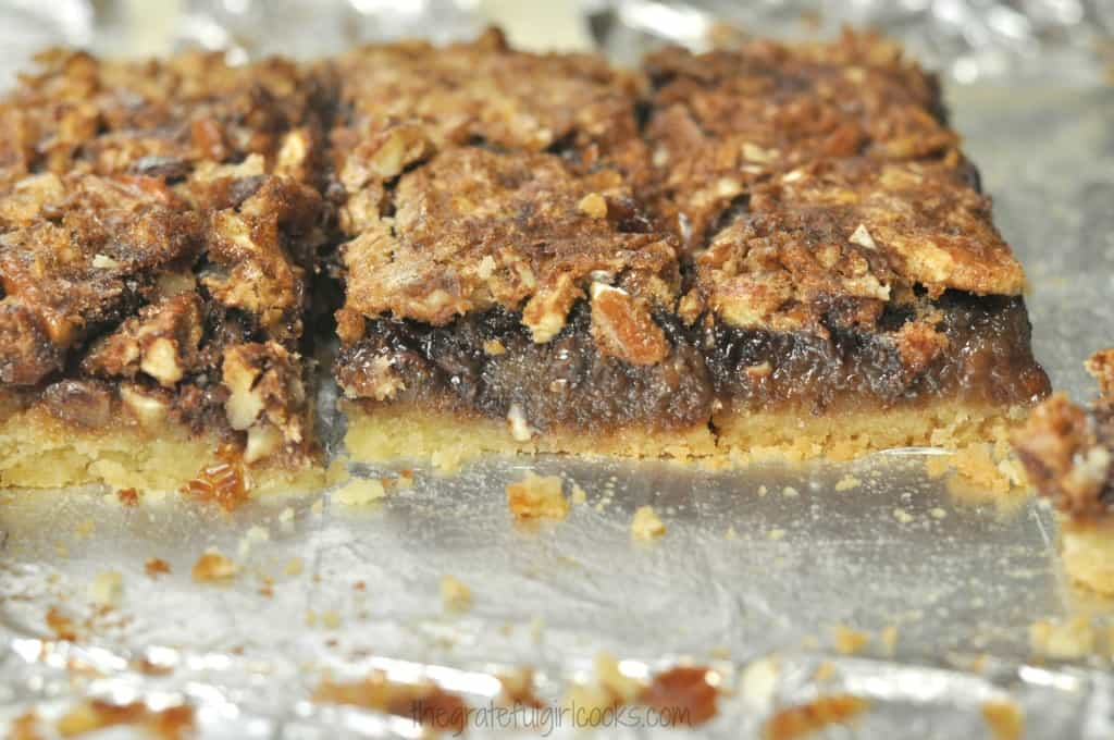 Chocolate Pecan Pie Bars / The Grateful Girl Cooks!