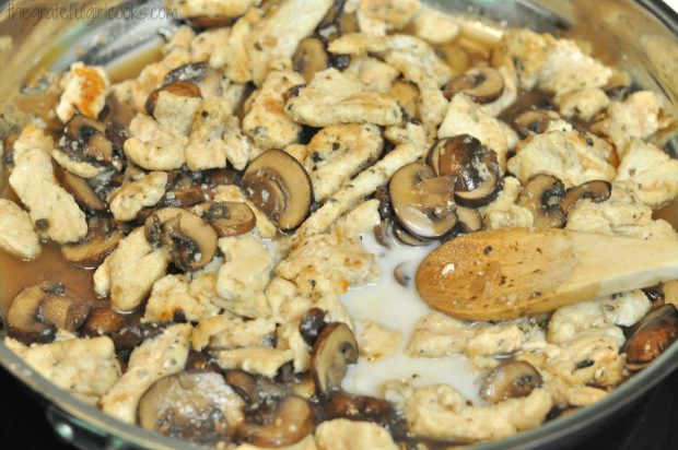 "Chicken Marsala - ""21 Day Fix"" Recipe / The Grateful Girl Cooks!"