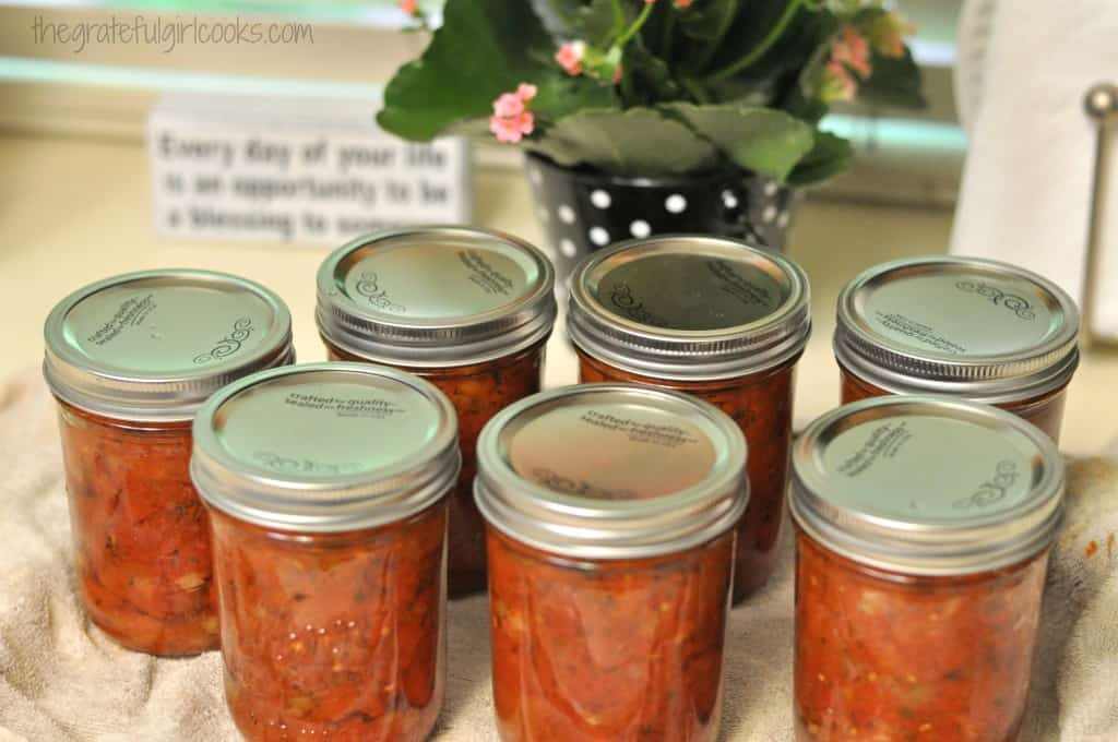 Italian-Style Tomato Sauce (and how to can it!) / The Grateful Girl Cooks!