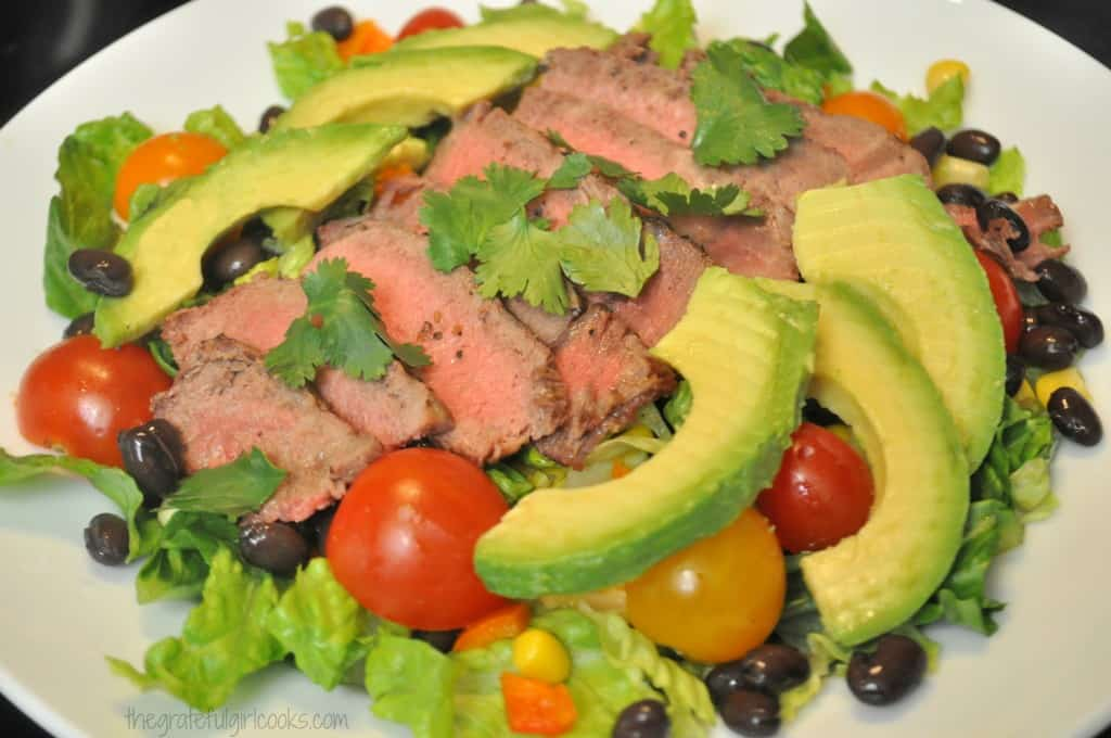 Southwest Steak Salad w/ Avocado & Cilantro Dressing / The Grateful Girl Cooks!