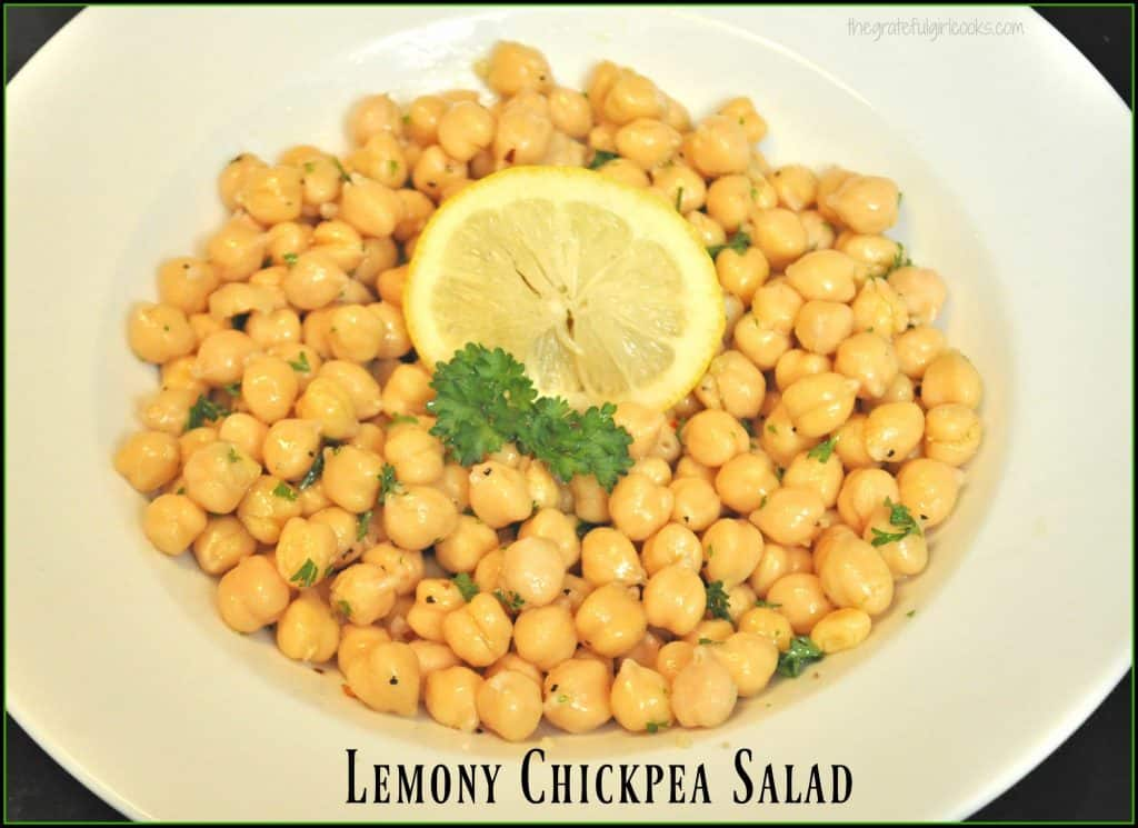 Lemony Chickpea Salad / The Grateful Girl Cooks!