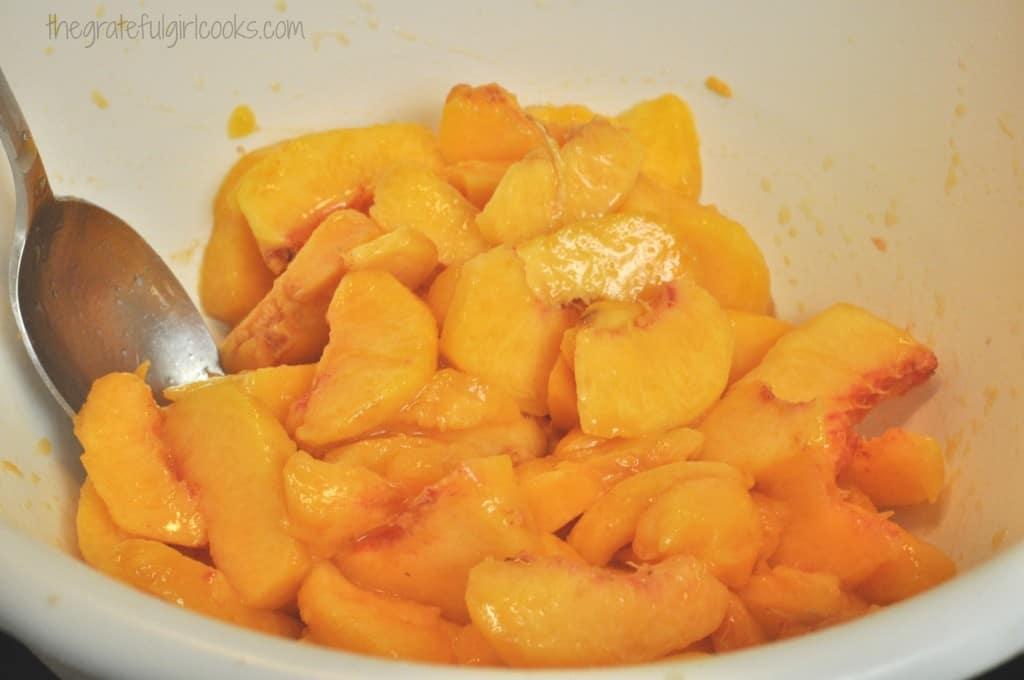 Old-Fashioned Peach Crisp / The Grateful Girl Cooks!