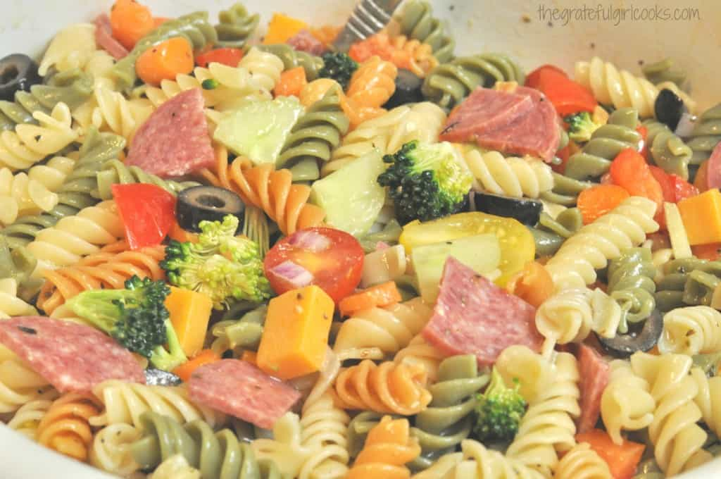 Pasta Salad / The Grateful Girl Cooks!