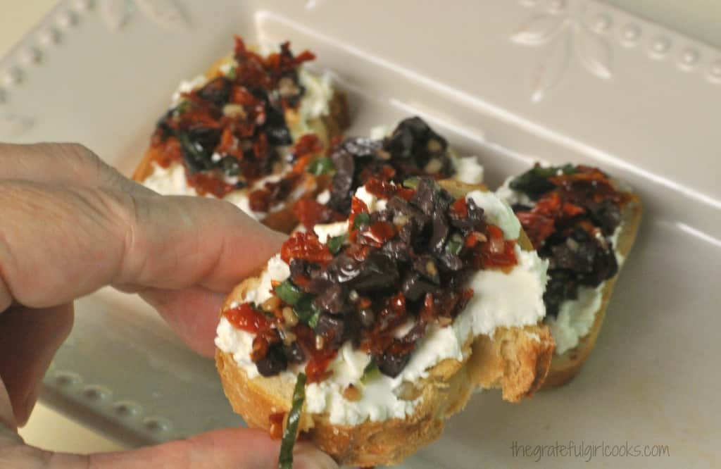 Sun-Dried Tomato And Kalamata Olive Bruschetta / The Grateful Girl Cooks!