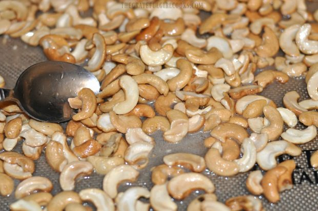 Coconut Candied Cashews / The Grateful Girl Cooks!