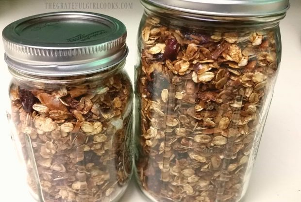 Gingerbread Granola can be stored in canning jars.