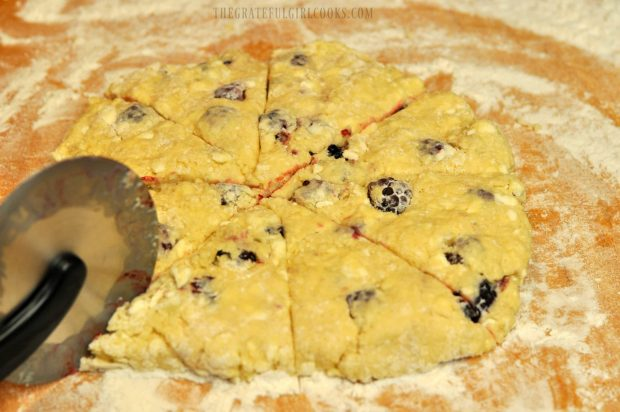 Blackberry Scones / The Grateful Girl Cooks!