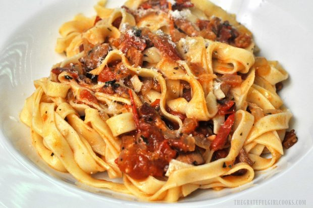 Fresh Tomato, Bacon and Onion Fettucine / The Grateful Girl Cooks!