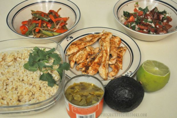 Chicken Fajita Rice Bowl / The Grateful Girl Cooks!