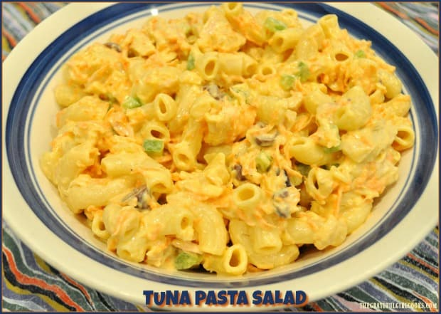 Tuna Pasta Salad with a creamy dressing, albacore tuna, elbow macaroni, carrots, green peppers, onions, and kalamata olives, is a perfect meal for hot summer days!