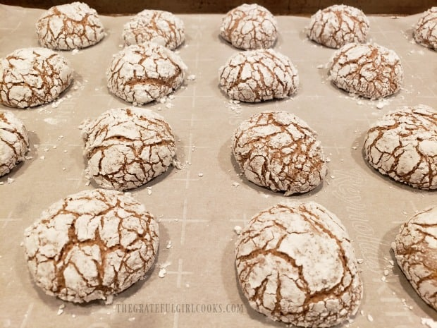 Once baked, the crinkle cookies are cracked on the tops.