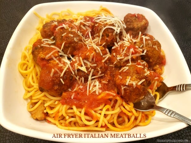 It's so EASY to make delicious Air Fryer Italian Meatballs, to add to a favorite sauce for pasta, or to make a yummy meatball sandwich!