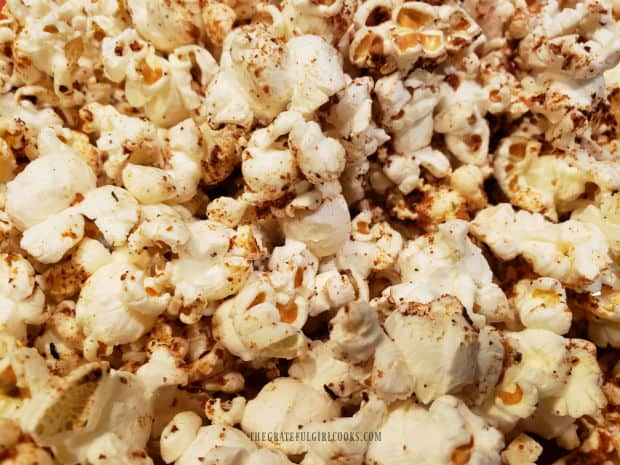 A close up of the Popcorn Italiano shows the seasoning on the pieces.