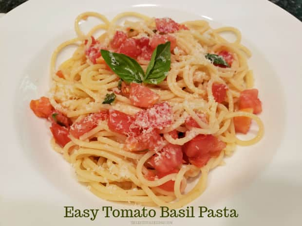 Easy tomato basil pasta is yummy, and is a CINCH to make! Marinate fresh tomatoes, basil, garlic & spices, then add to cooked pasta, to serve!